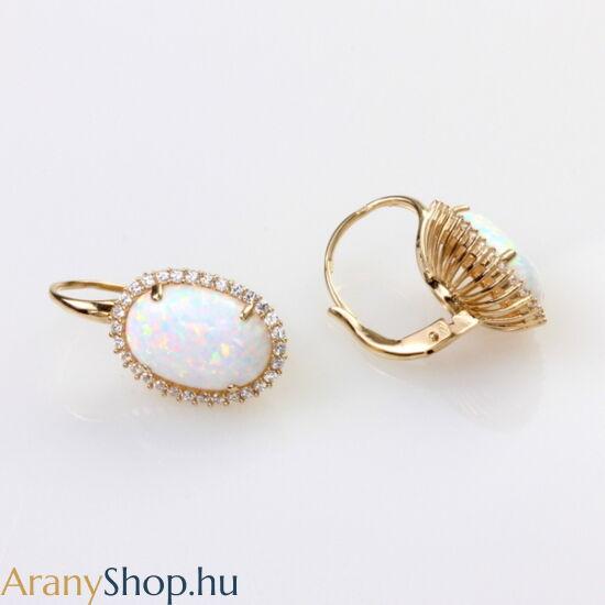 14 karátos arany fülbevaló opál kővel
