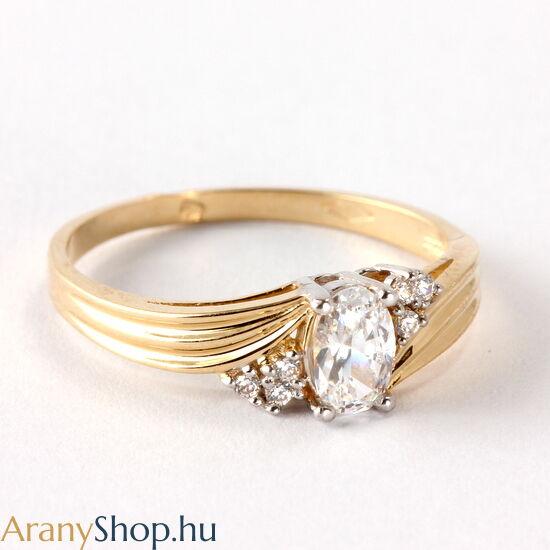 14 karátos sárga arany eljegyzési gyűrű