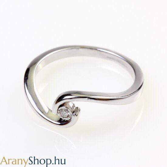 14karátos fehér arany gyűrű gyémánttal