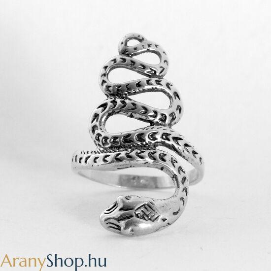 Ezüst kígyó gyűrű
