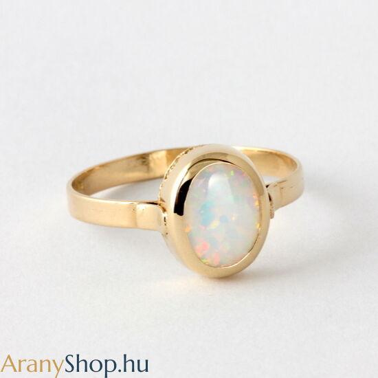 14 karátos arany női gyűrű opál kővel