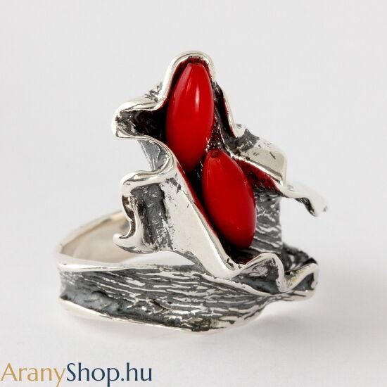 Ezüst gyűrű korallal
