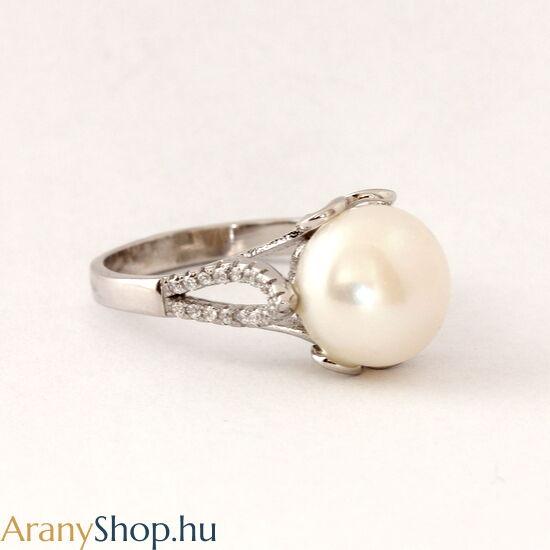 Ezüst gyűrű tenyésztett gyönggyel